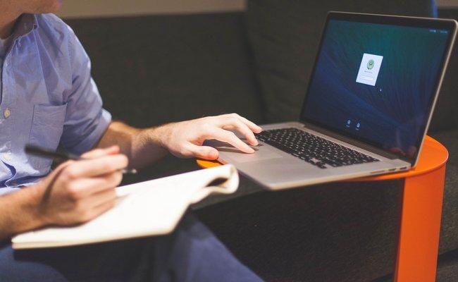 Запишете се за курсовете по професионално обучение през онлайн формата за записване или елате в центъра на Интелекти-Велико Търново.