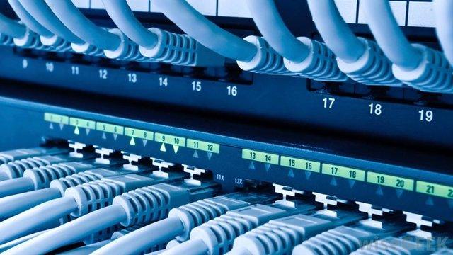 Курсът CCNA Routing and Switching от Cisco Мрежовата академия в център Интелекти Велико Търново.