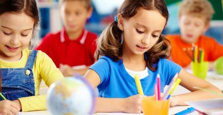 Детска Езикова Академия Интелекти – Курсове по английски и руски език за ученици.