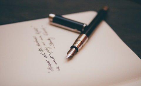Писмен и устен превод от и на 20 различни езика, според Вашите нужди, и легелизация на Вашите документи – специализирани и неспециализирани, от Интелекти – Велико Търново.